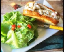 Goulette plays it safe with a salad and duck fat frites formula (Charleston City Paper)